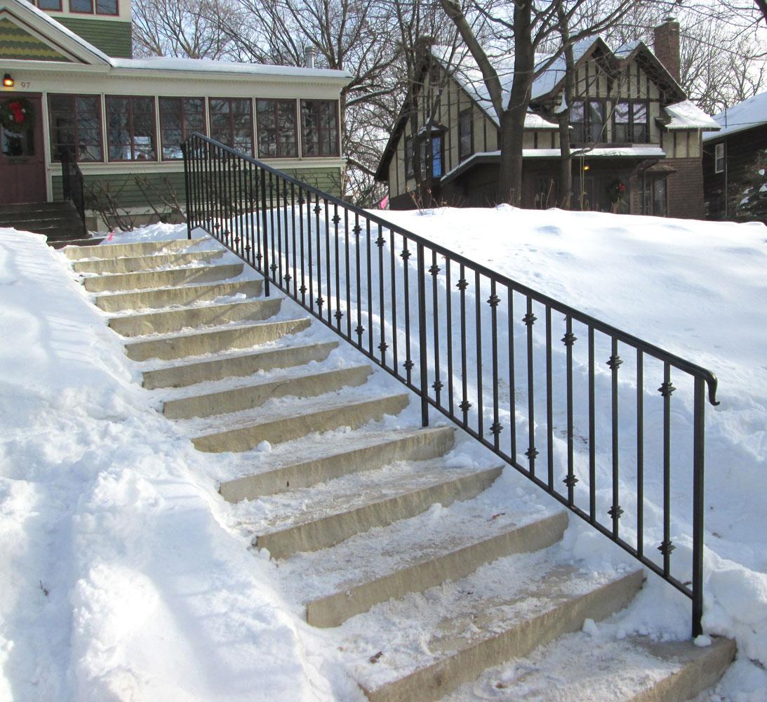 Exterior step railing gallery for Exterior step railing